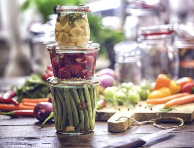 Introduction-to-Fermenting-at-Home-PRODUCT_1512x